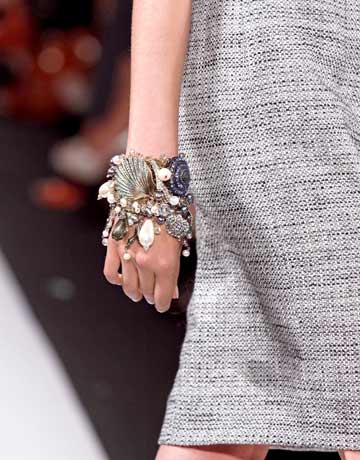 Understated or over the top? The right way to wear jewelry