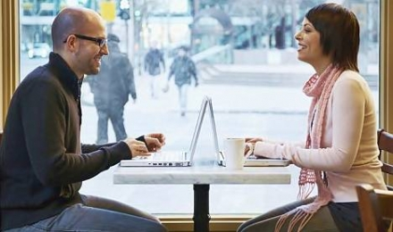10 Tips And Tricks For Meeting The One Online