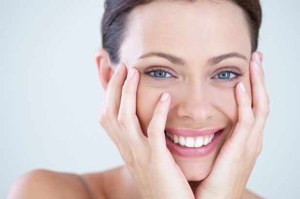 Dos and Don'ts for Keeping Skin Looking Young As You Age