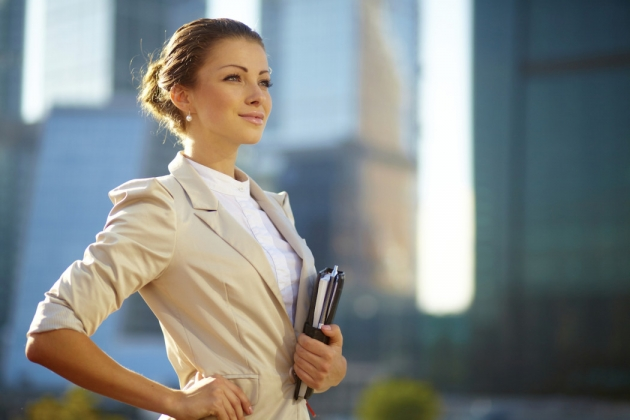 THE BEAUTY IN BUSINESS – 5 REASONS WHY LOOKS MATTER